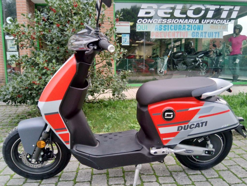 motoscooterelettrici.com