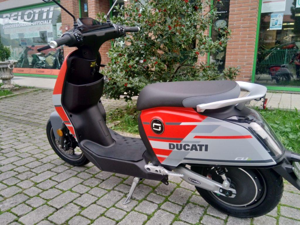 scooter super soco cux bergamo