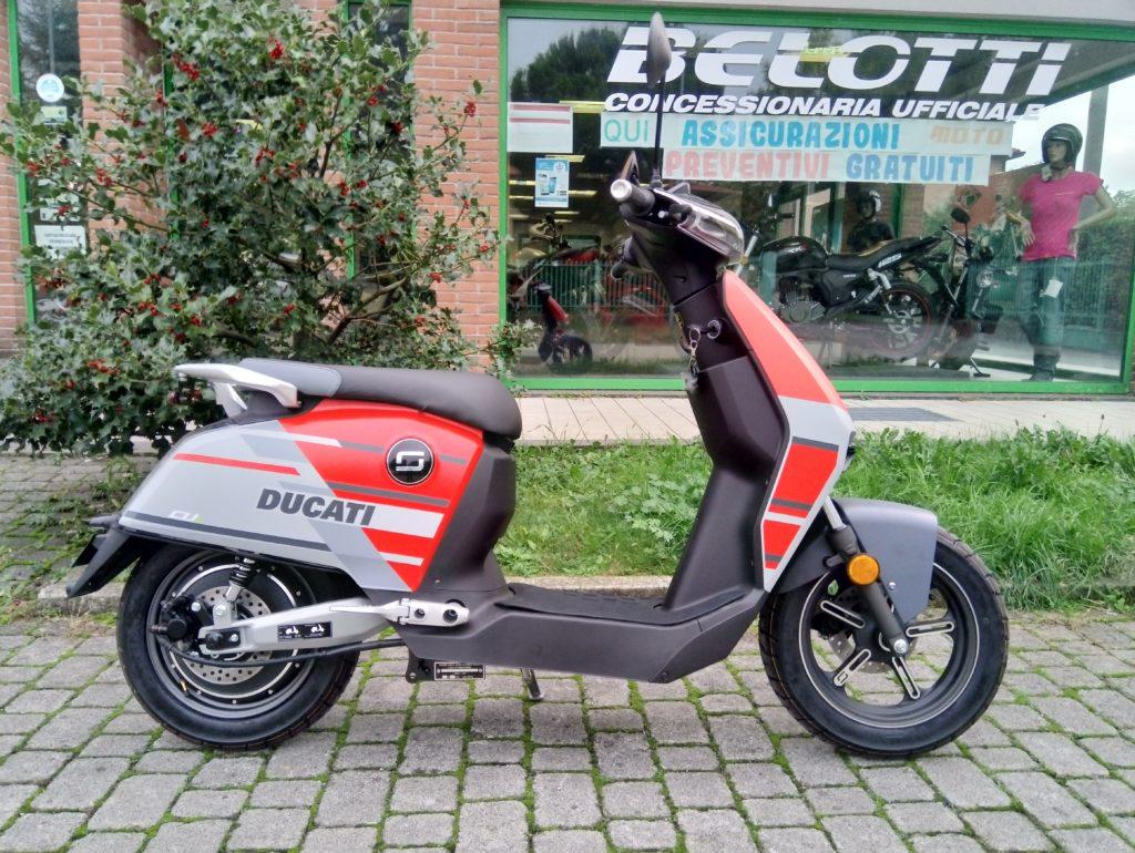 scooter ducati bergamo